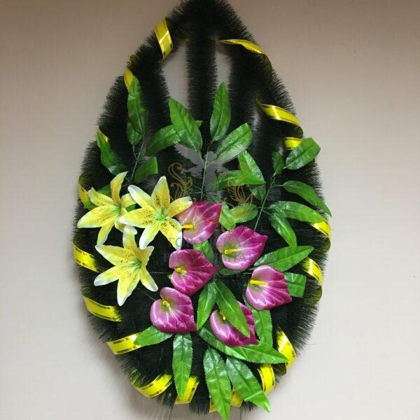 Венок Кармин, желтые и фиолетовый цветы