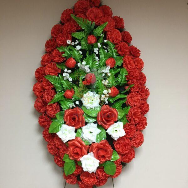 Венок Вечность, красные и белые розы, красные гвоздики
